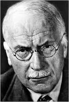 an analysis of the personalities of sigmund freud and carl gustav jung
