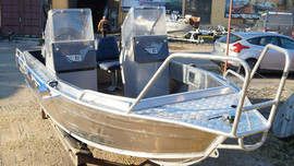 Продаем лодку (катер) Berkut S-TwinConsole 4