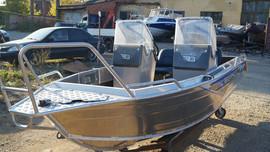 Продаем лодку (катер) Berkut S-TwinConsole 6