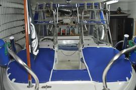 Реставрация и ремонт ходовых тентов, кресел, подушек на катера. 2