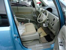 Toyota Porte хетчбек для водителя колясочника 3