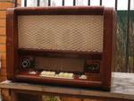 К продаже радиолы различных производителей