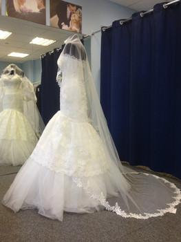 Новое свадебное платье+длинная фата