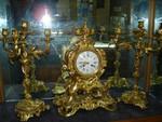 Продам антикварные каминные часы с канделябрами