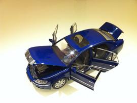 Модель VW Phaeton Auto Art 8
