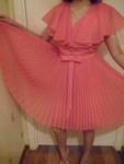 Продаю нарядное розовое платье из Италии за 10 000 руб.