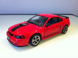 Модель FORD Mustang mach 1 2003 1 18 Auto Art
