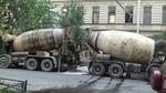 Поставляем бетон по Санкт-Петербургу и Ленинградской области.