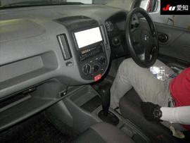 Nissan AD бизнес-универсал 3