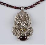 Гранатовое ожерелье с драконом. Индия