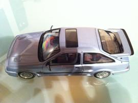 Модель FORD Sierra RS 1 18 Auto Art 4