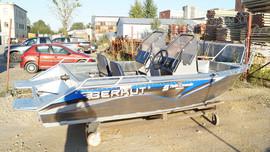 Продаем лодку (катер) Berkut S-TwinConsole 3