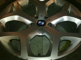 Продам диски+резина на BMW 2шт. 2