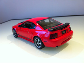 Модель FORD Mustang mach 1 2003 1 18 Auto Art 3