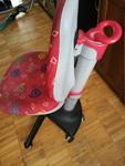 Стул кресло школьницы удобное чистое прочное эргономичное