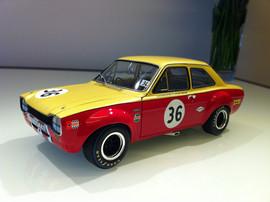 Модель Ford Escort I TC GP DER Tourenwagen #36 1 18