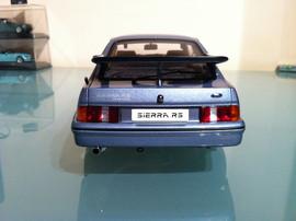 Модель FORD Sierra RS 1 18 Auto Art 6