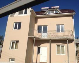 Отдых в Судаке и огромный выбор квартир, домов, котетджей.