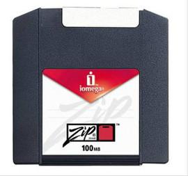 Поступили в продажу магнитные диски Iomega Zip100