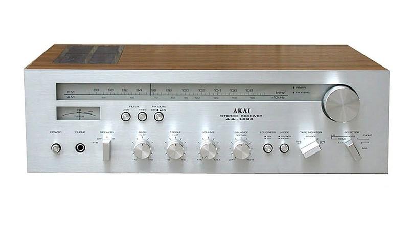 Akai AA-1020 AV ресивер