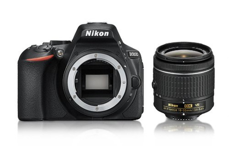 Nikon D5600 + AF-P DX 18-55mm G VR 24.2МП CMOS 6000 x 4000пикселей