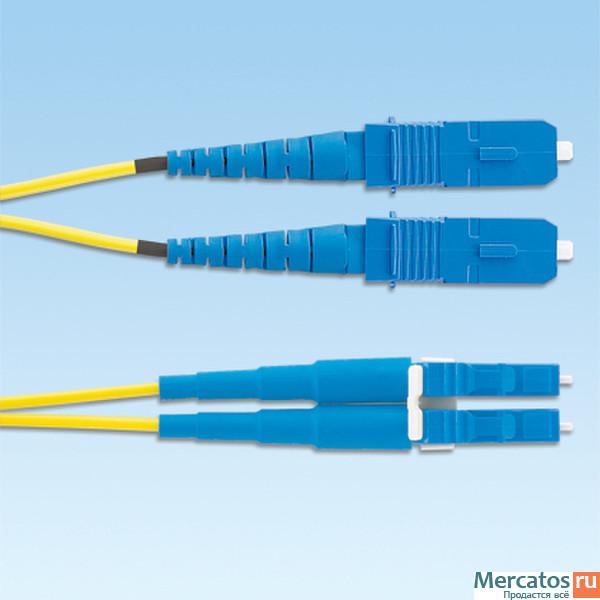 оптиковолоконные кабели Panduit 4m, SC - LC.