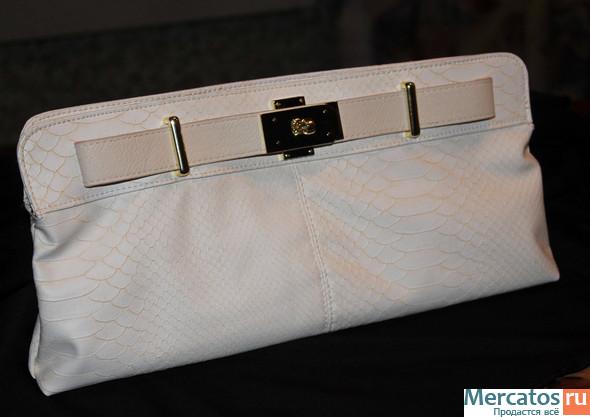 Новые коллекции сумок весны 2012 от известных дизайнеров