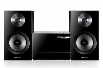 Samsung MM-E330D домашний музыкальный центр