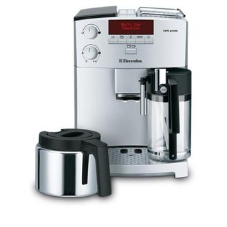 Electrolux ECG6600 Espresso machine 2чашек Cеребряный